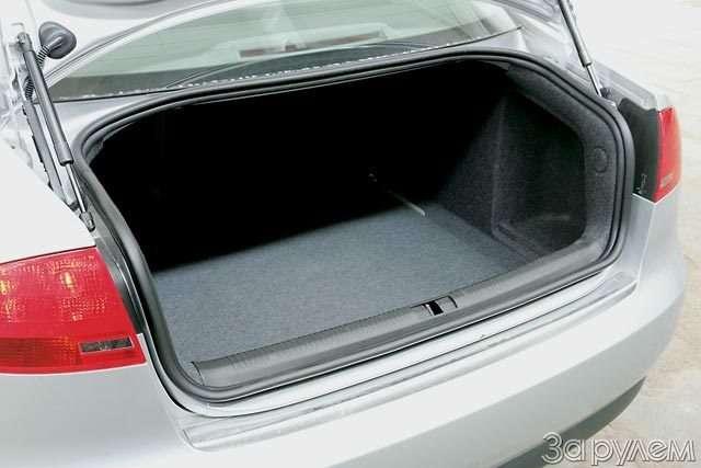 Тест Audi A42.0, Volvo S402.4, BMW 320i, Mercedes-Benz C230 Kompressor. Noblesse oblige— фото 56481