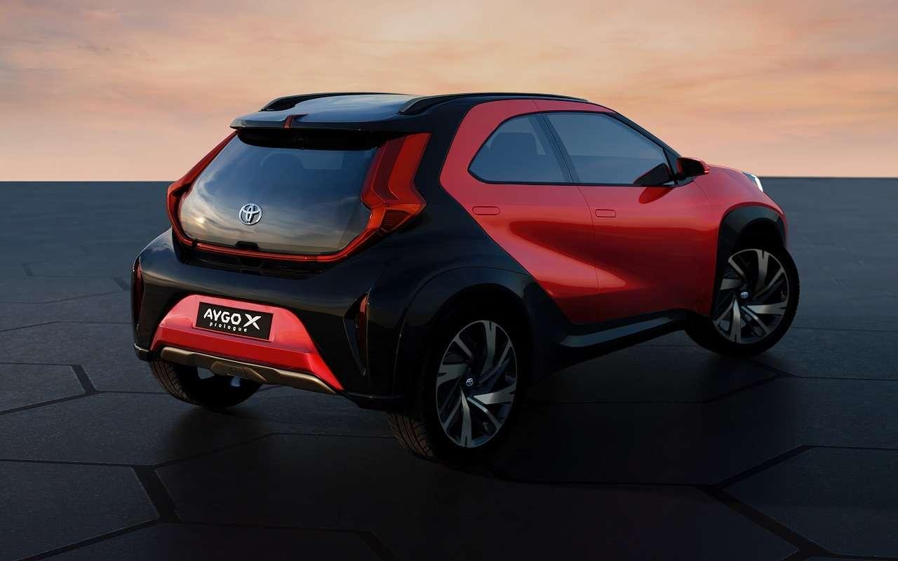 Новый компакт-кроссовер Toyota— первые официальные фото— фото 1232074