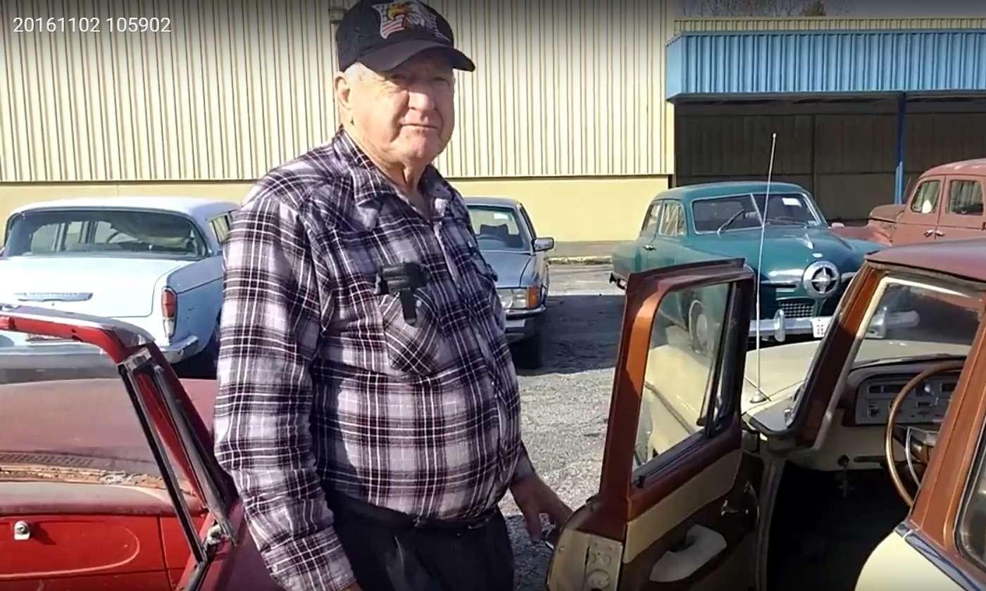 Бывший дальнобойщик решил продать свою коллекцию из700 машин— фото 702200