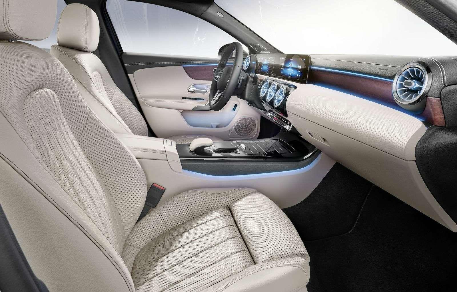 Евростандарт: представлен короткий седан Mercedes-Benz A-класса— фото 890438