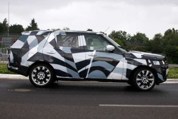 NewLand Rover Range Rover EWB test prototype side view