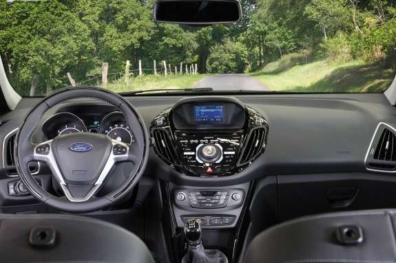 Ford B-Max inside