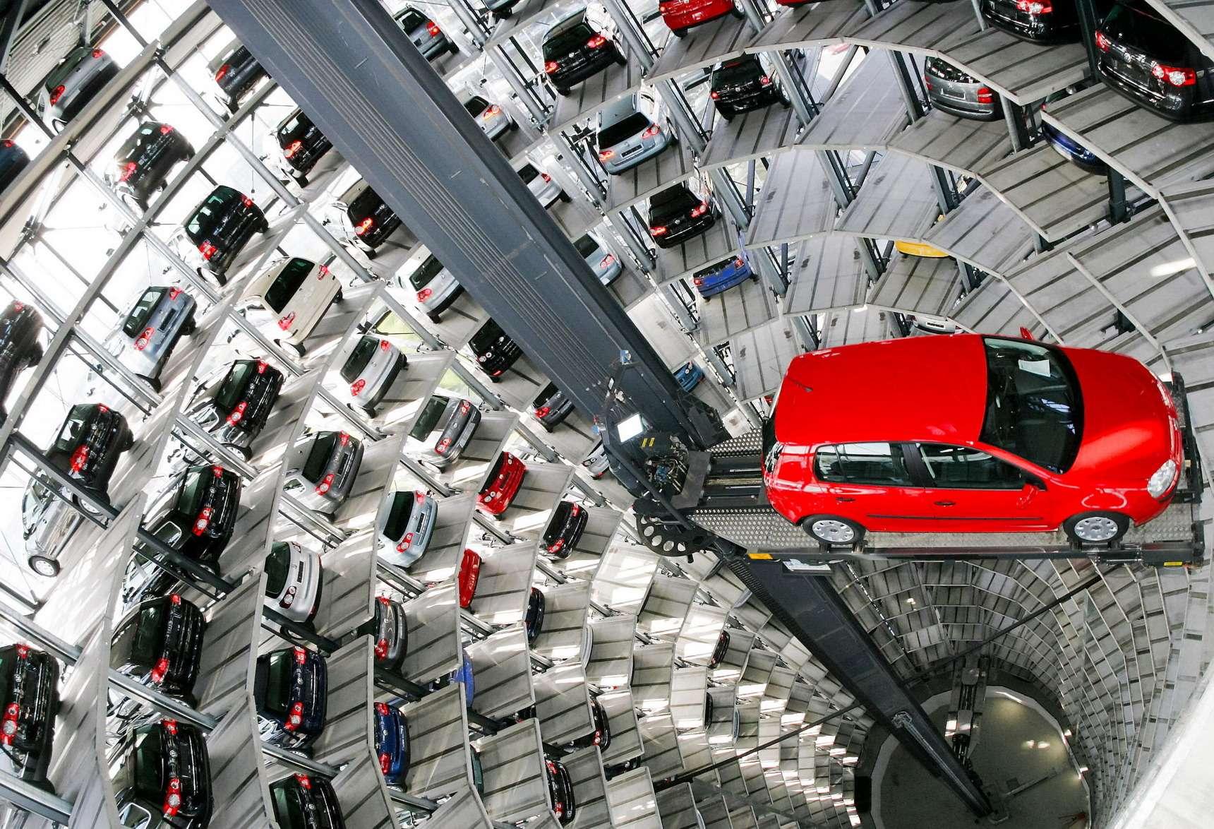 Дефицит парковочных мест водворе: что делать— фото 607961