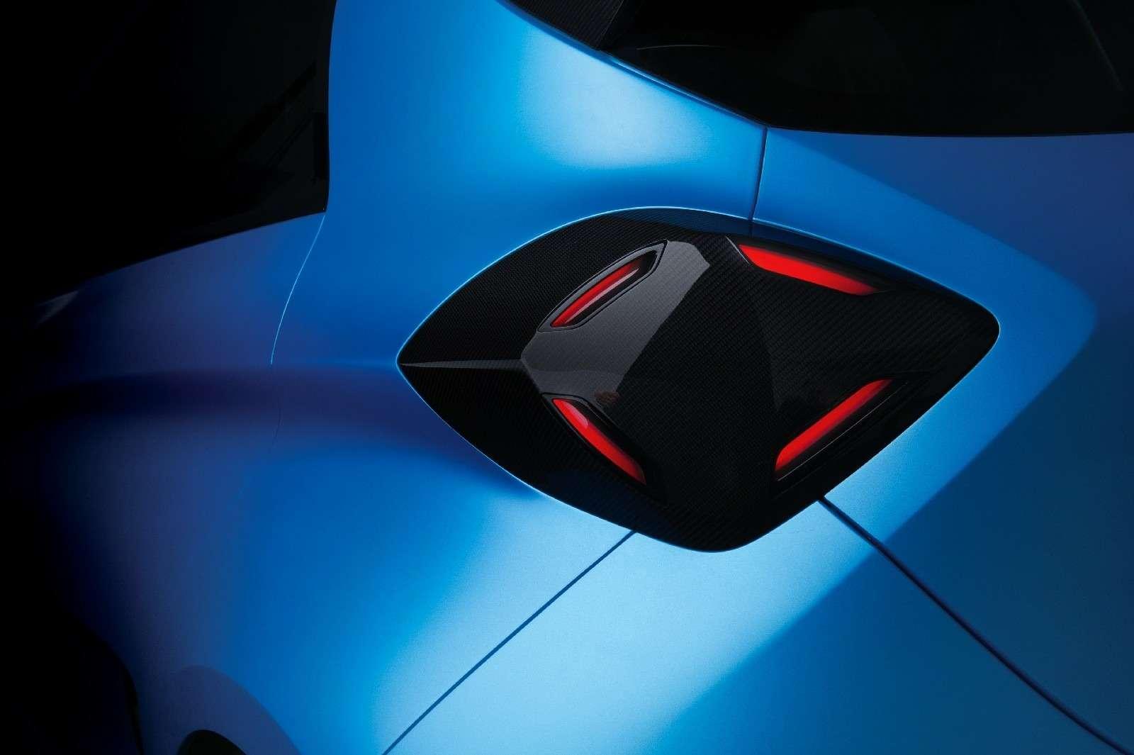 Зверо-Зоя: Renault превратила электрический хэтчбек вгоночного монстра— фото 718644