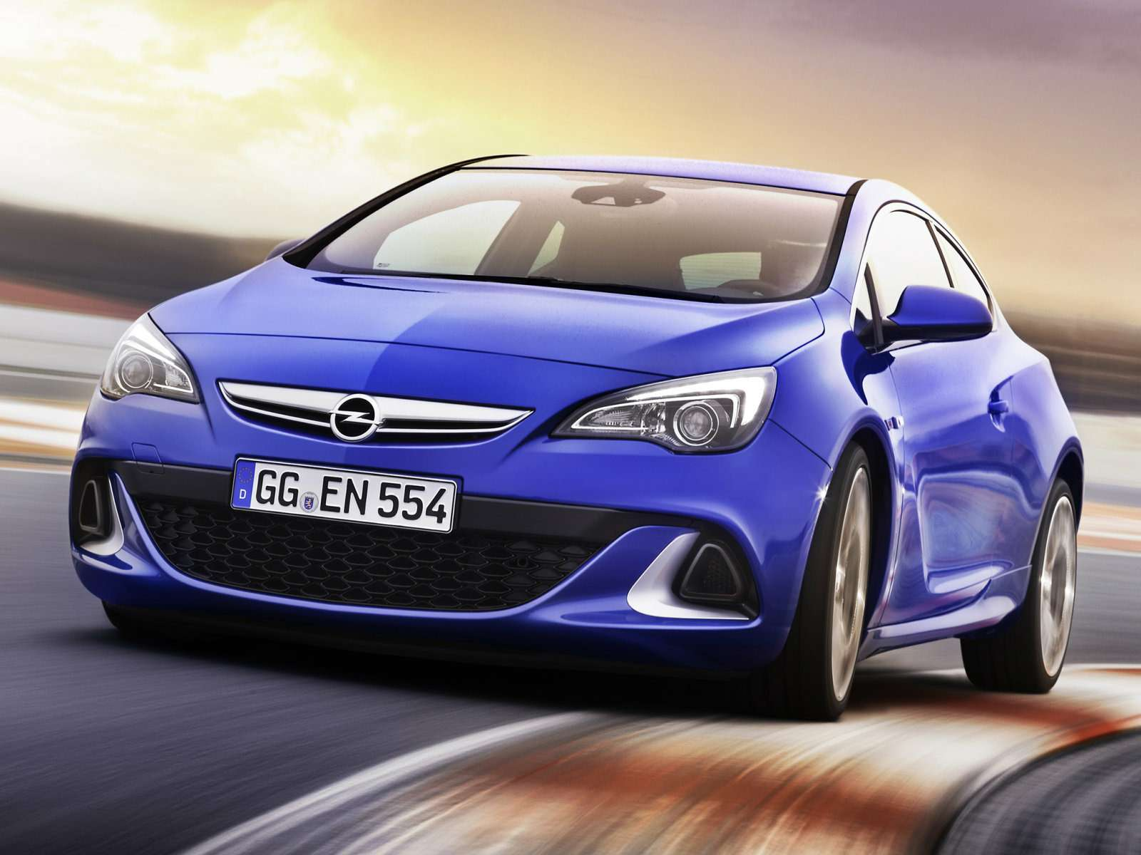 Opel_Astra_Hatchback 3 door_2011