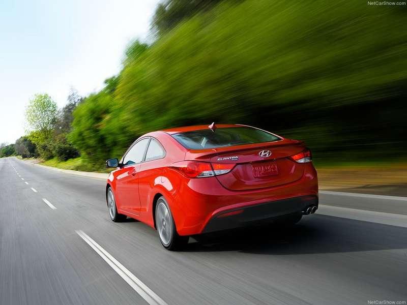 Hyundai-Elantra_Coupe_2013_1