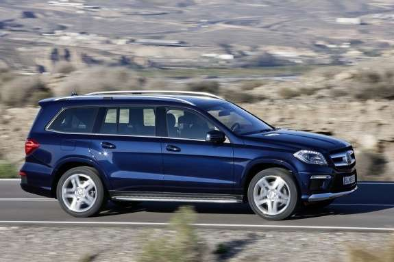 Mercedes-Benz GL-class AMG-pack side view