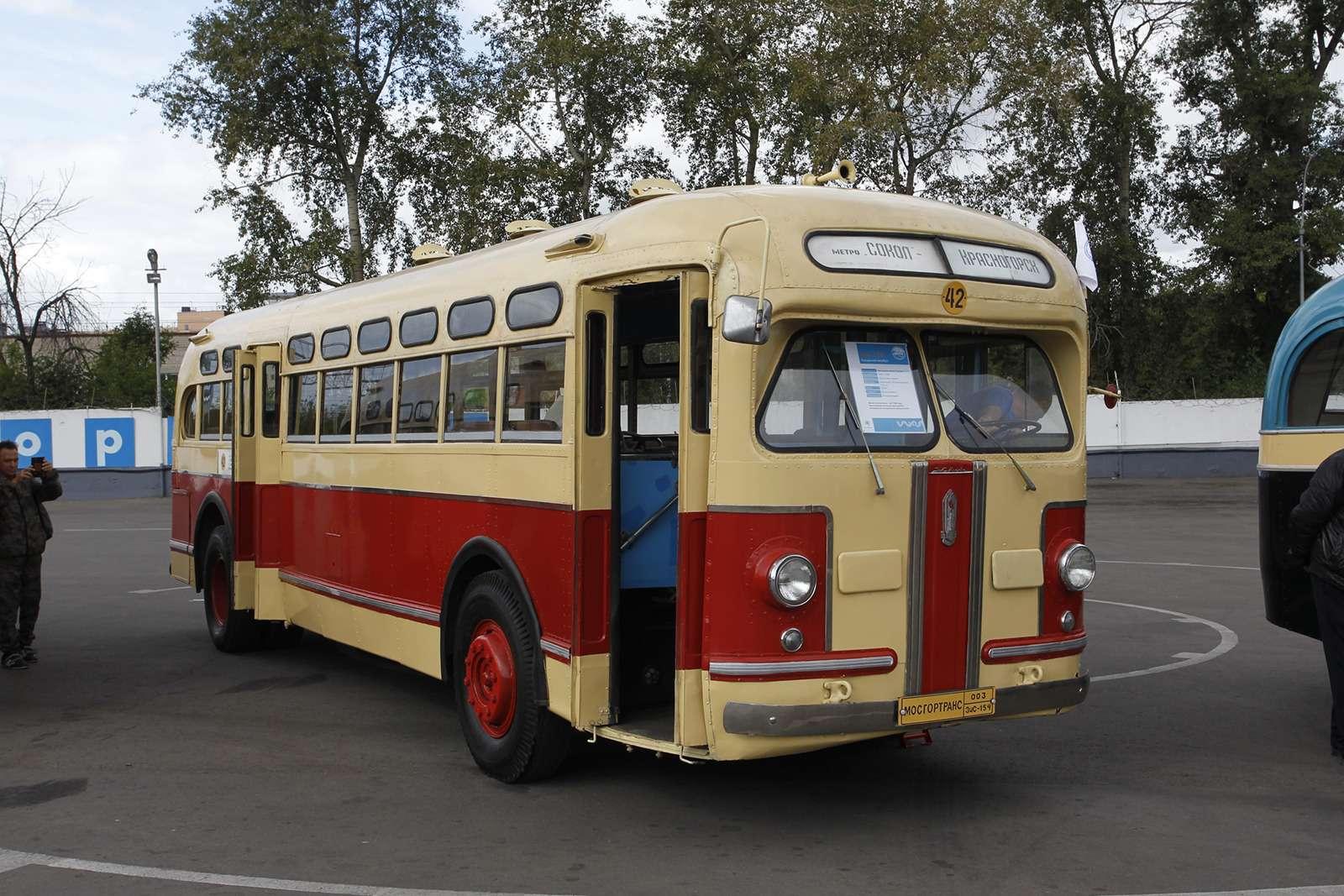 Автобусы нашего детства— выставка пассажирского транспорта— фото 792661
