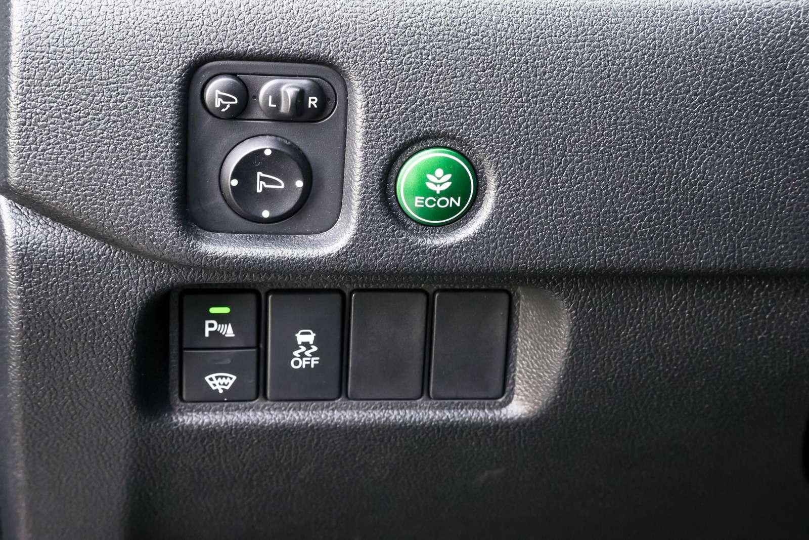 Тест полноразмерных кроссоверов: Honda Pilot, Kia Sorento Prime иFord Explorer— фото 614974