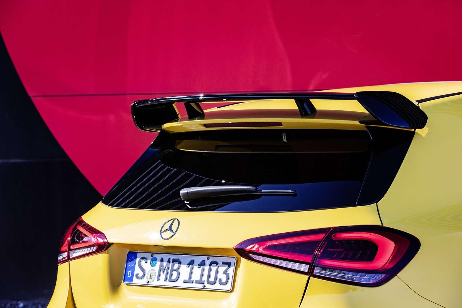 Самый дешевый Mercedes-AMG: разбираем его надетали— фото 906214