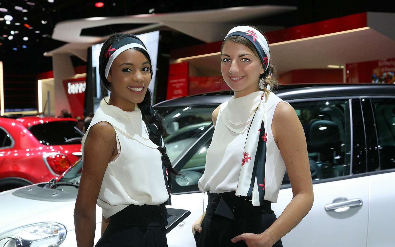 Французский шик: лучшие модели Парижского автосалона— фото 642474