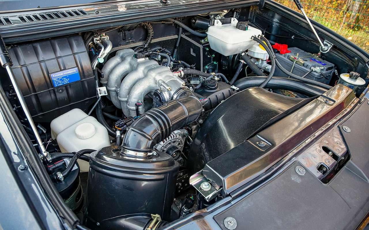 Новый УАЗ Патриот или 10-летний Land Cruiser 200: тест-драйв— фото 1058464