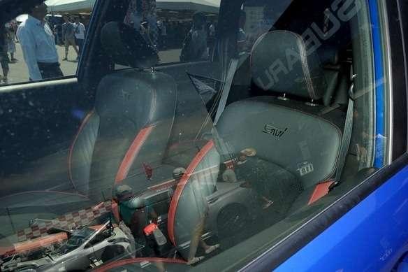 Subaru-Forester-STI-tS-Concept-24