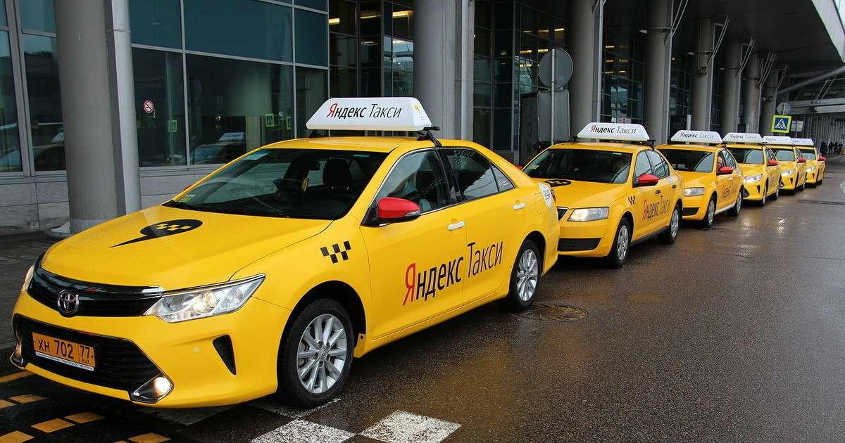 Игры вшашки: зачем АВТОВАЗ пересаживает таксистов наЛады?— фото 764895