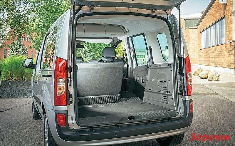 Mercedes-Benz Citan Самые длинные версии— грузовая, грузопассажирская ипассажирская 7-местная. ВРоссию, ксожалению, ниодну невезут.