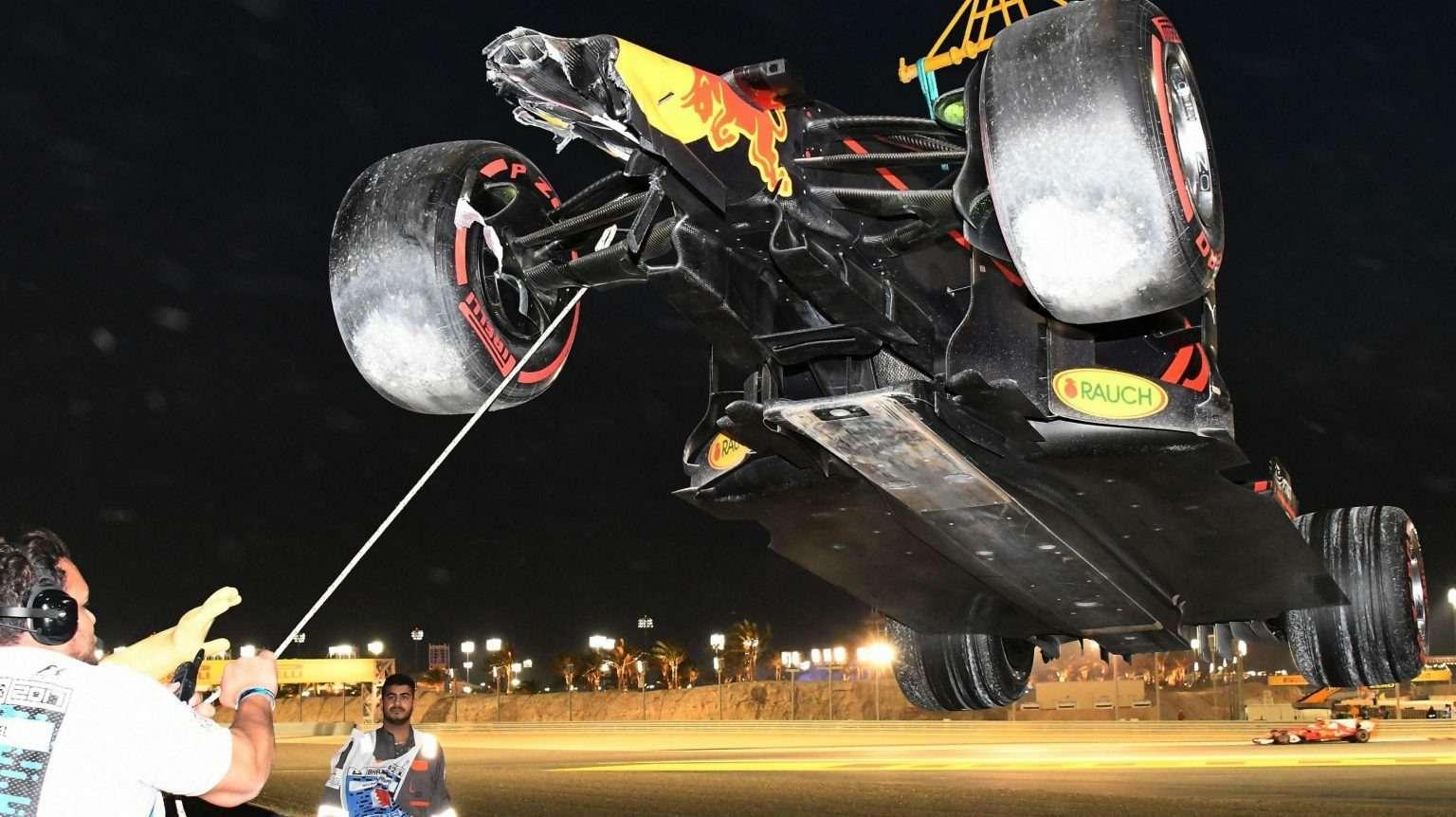 Формула 1: Ferrari рискует ивыигрывает