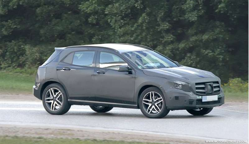 Mercedes-Benz GLA-class test prototype side-front view_no_copyright