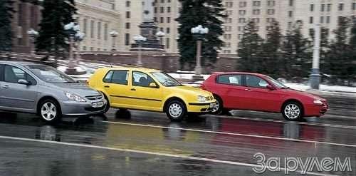 ТЕСТ Alfa Romeo 147, Peugeot 307, Volkswagen Golf. ОДНОКЛАССНИКИ РАЗНЫХ ШКОЛ— фото 27682