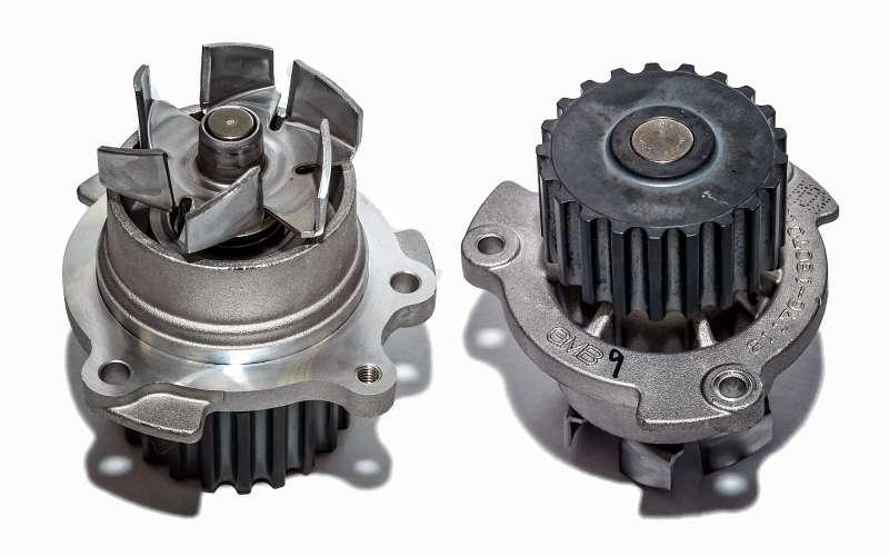 Насос охлаждающей жидкости корейского производства кдвигателю ВАЗ-21179