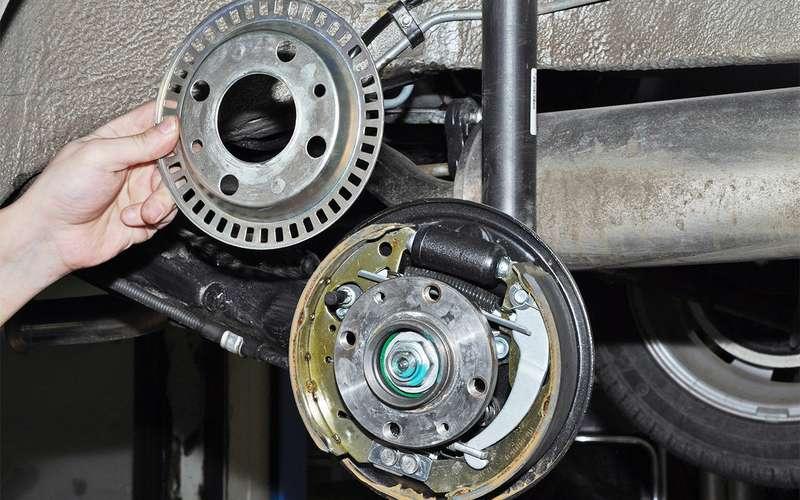 Какие тормоза лучше  барабанные или дисковые  — журнал За рулем 2ad99eb8b3c0a