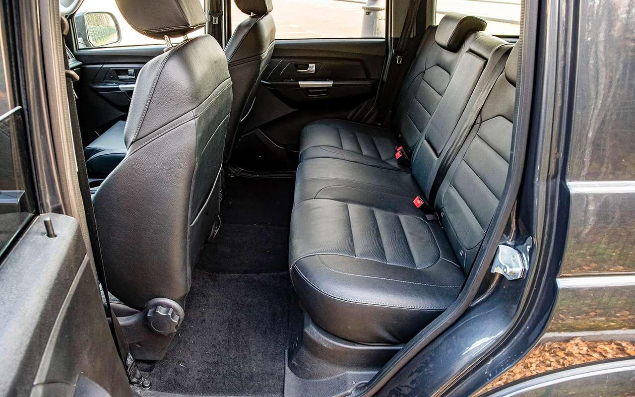 Новый УАЗ Патриот или 10-летний Land Cruiser 200: тест-драйв— фото 1058461