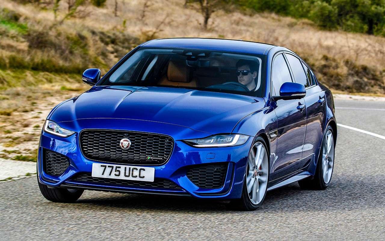 Двеобновленные модели Jaguar: вРоссию приедет только одна— фото 975495