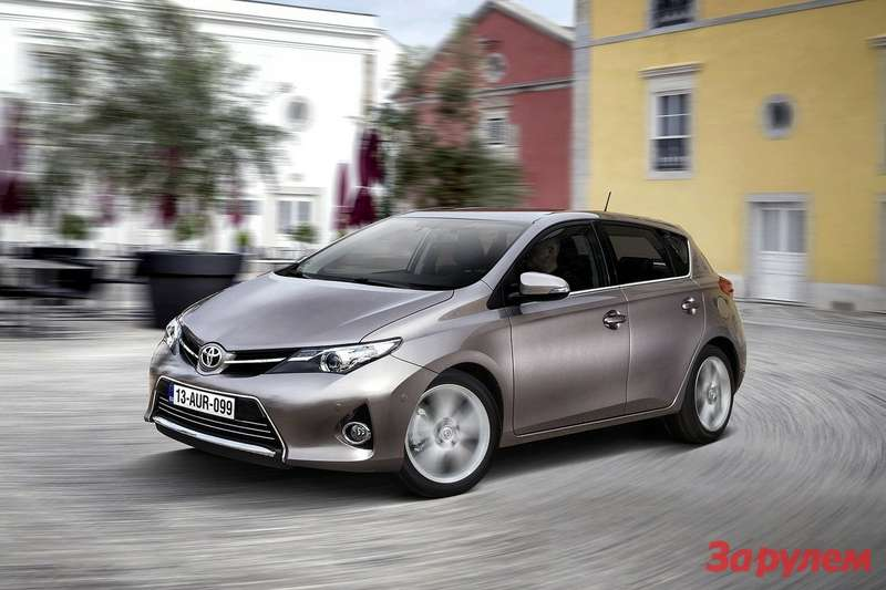 Toyota Auris 2013 1600x1200 wallpaper 06