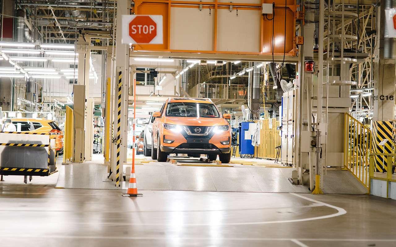 Обновленный Nissan X-Trail пошел всерию— фото 918415