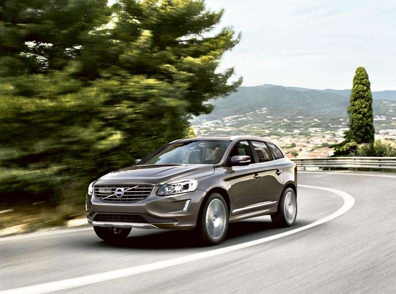 Volvo XC60 D4 AT AWD Kinetic, 1 679 000 руб.