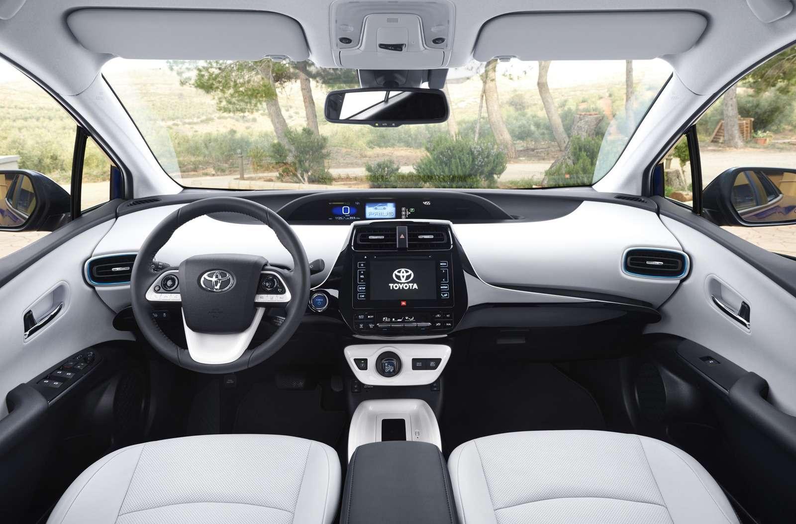 Новый Toyota Prius: начался прием заказов— фото 703687