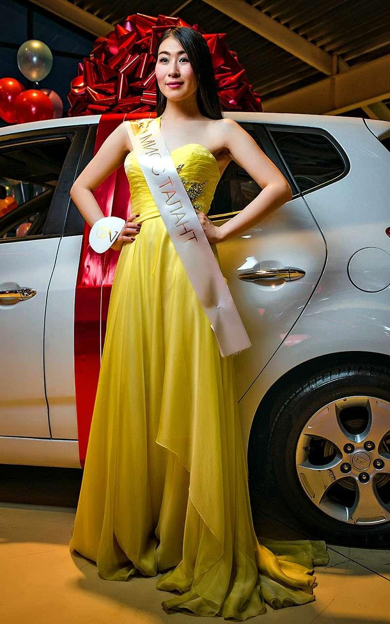 Служащая ВДВ выиграла автомобиль наконкурсе красоты «Автомисс 2017»— фото 780481