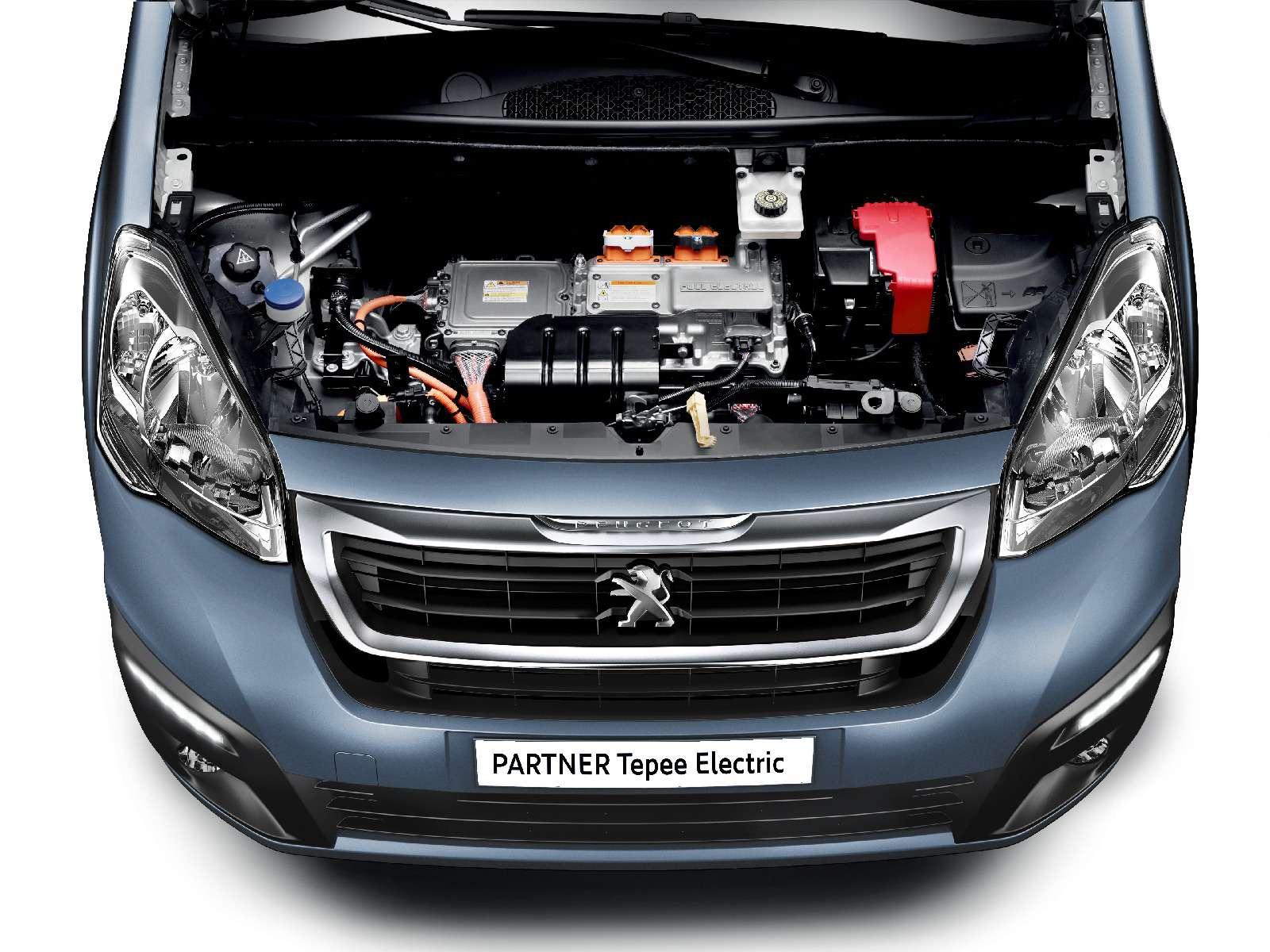 Peugeot Partner Tepee Electric: поездка будет недолгой— фото 708830