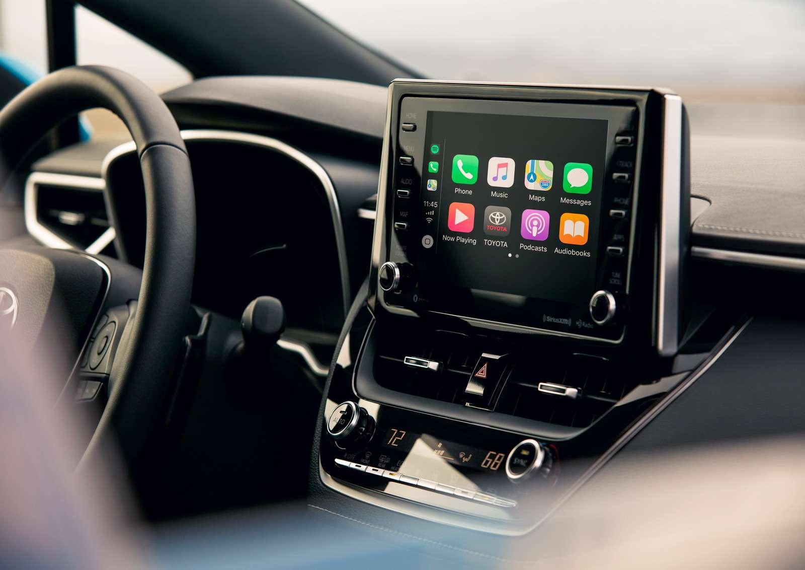 Новая Toyota Corolla: они назвали еенеудержимой!— фото 856199