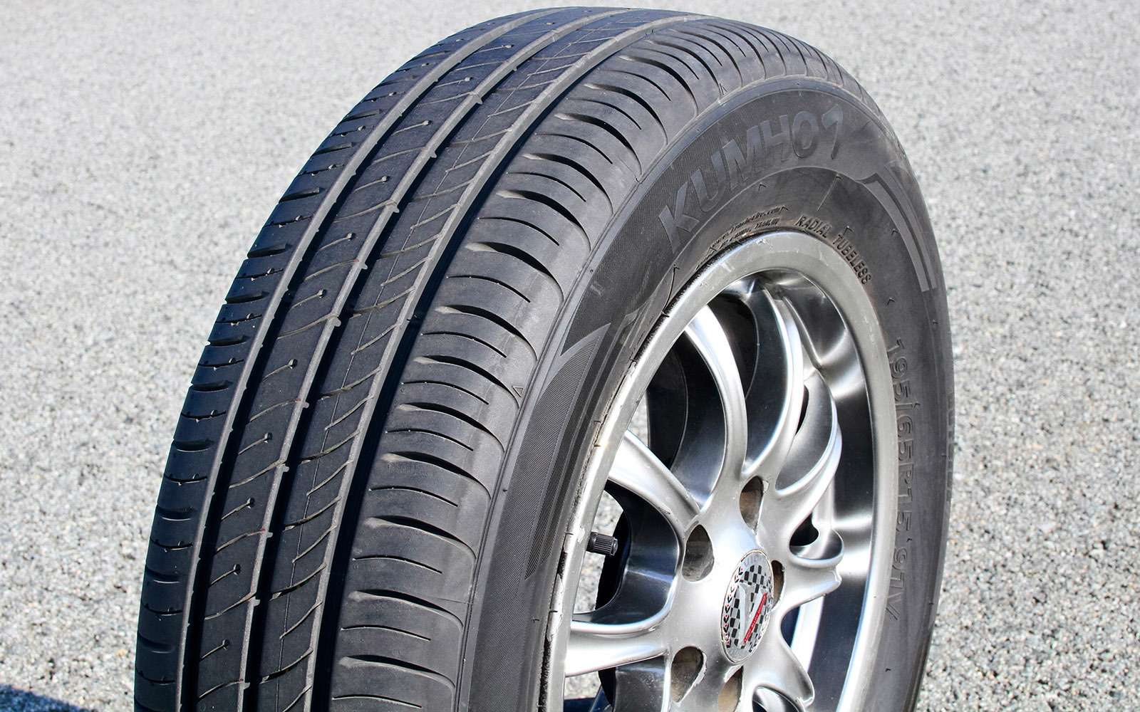 Большой тест летних шин 195/65R15: бюджет налето— фото 722818