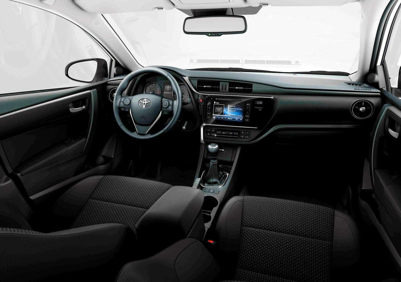 Обновленная Toyota Corolla: цены икомплектации вРоссии— фото 604800