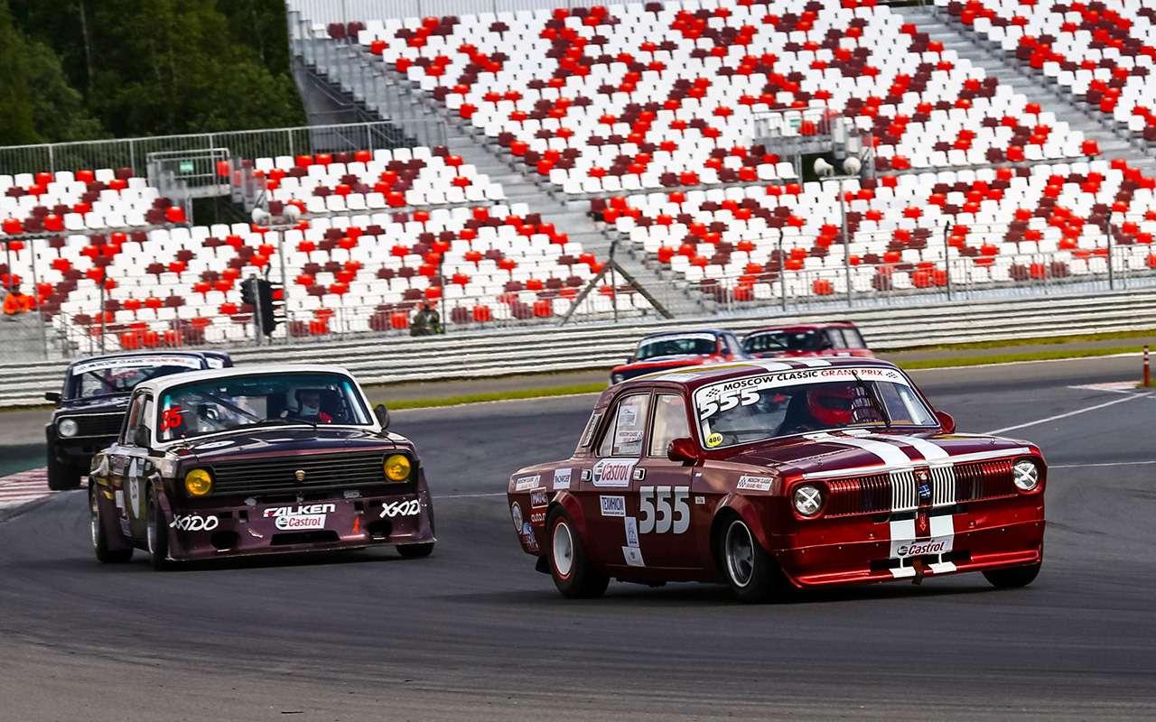 Крупнейший фестиваль раритетов наавтодроме Moscow Raceway— фото 882131
