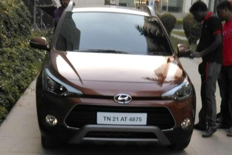 Hyundai-i20-Active-7-LED