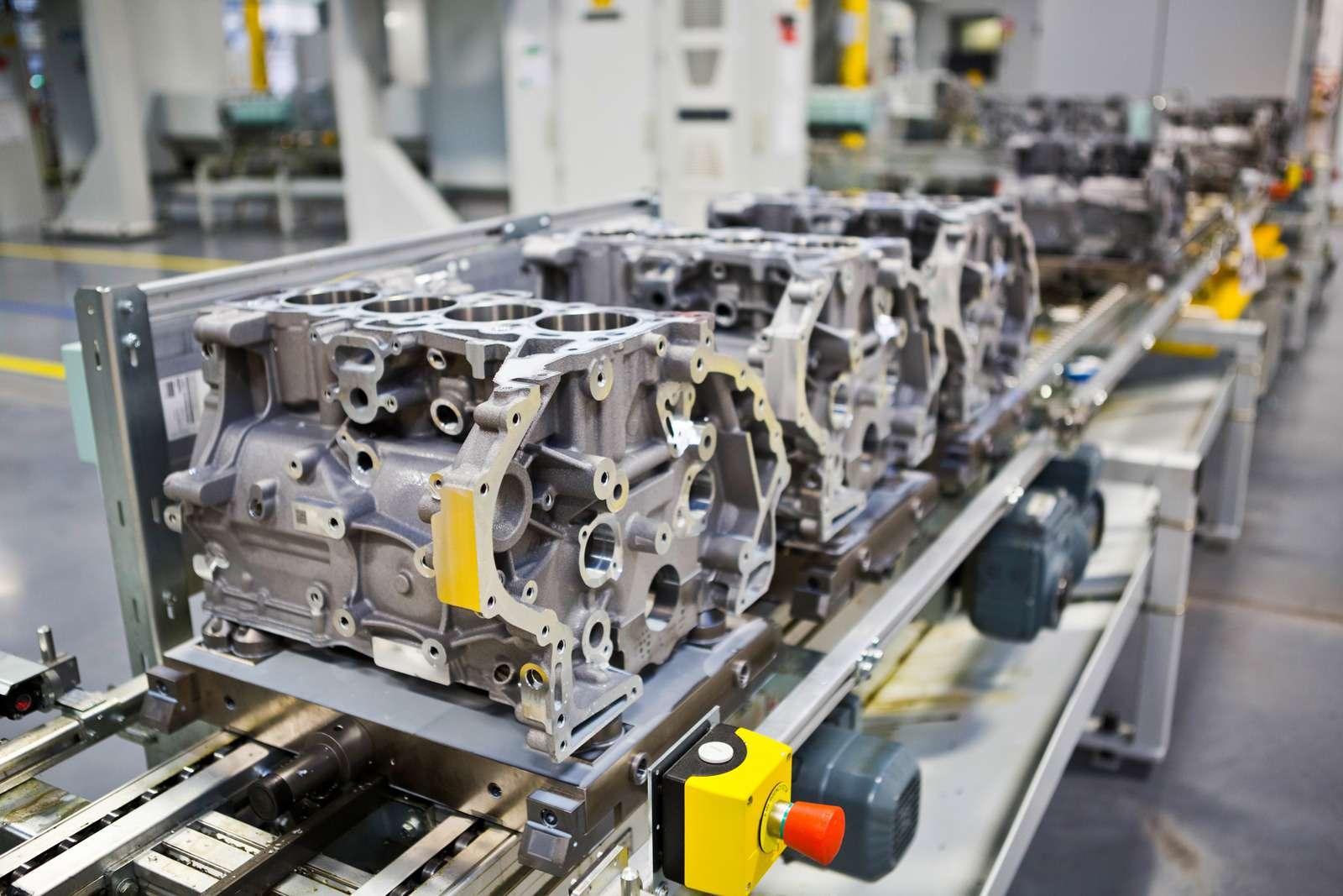 Завод двигателей Jaguar Land Rover: сто гениев вчас— фото 589033