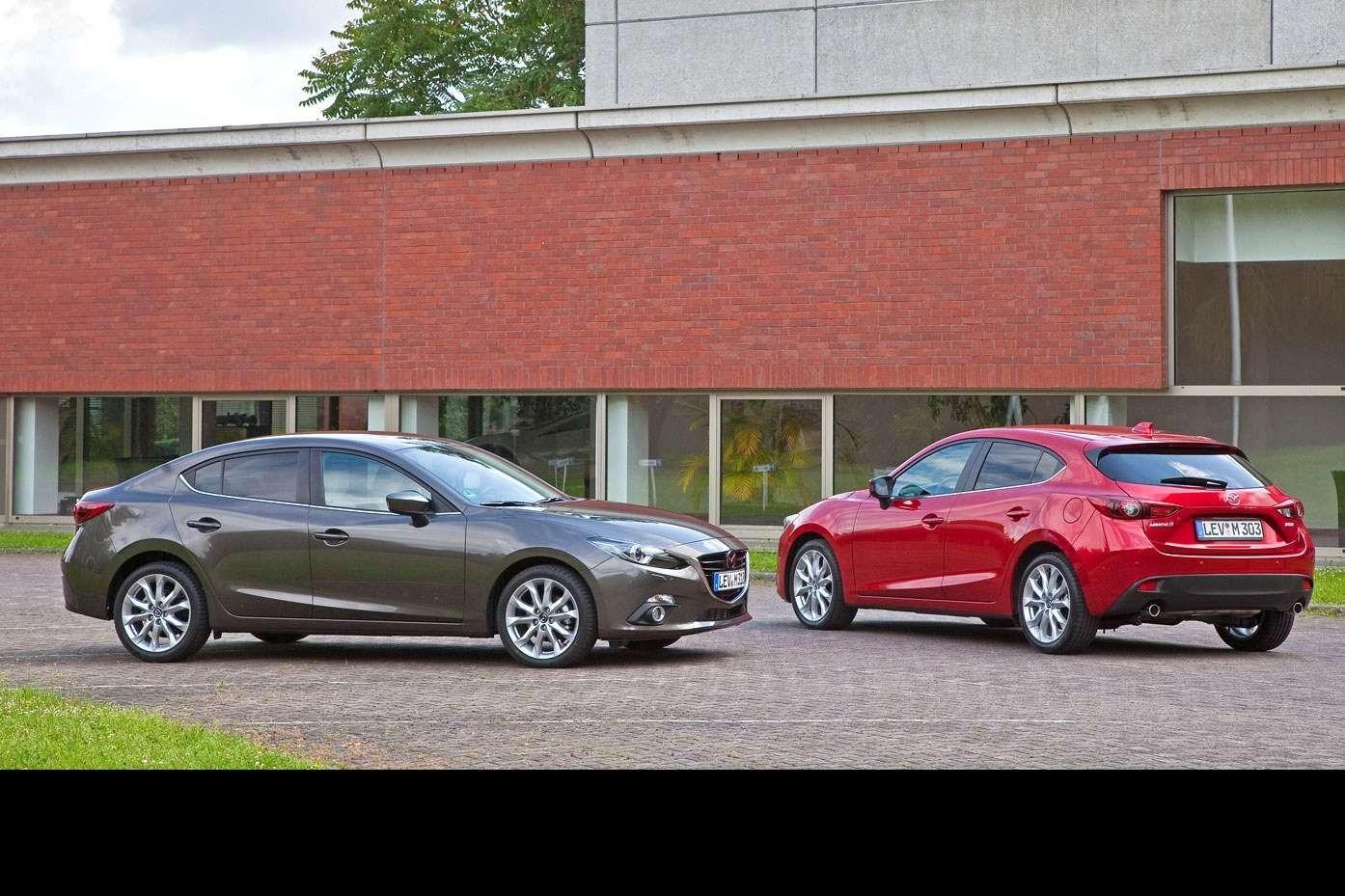 2014 Mazda3 Sedan 6[2] nocopyright (8)