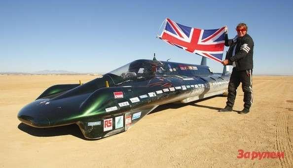 Паровой рекордный болид British Steam Car Challenge иего пилот Чарльз Барнетт