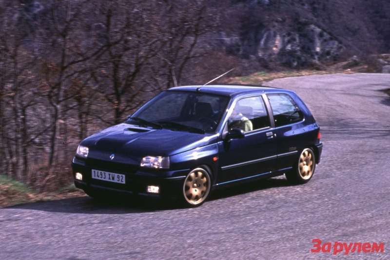 Renault Clio Williams side-front view