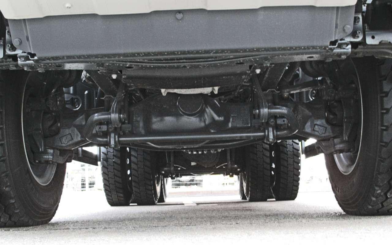 Mercedes Arocs российской сборки— детальный обзор— фото 1279143