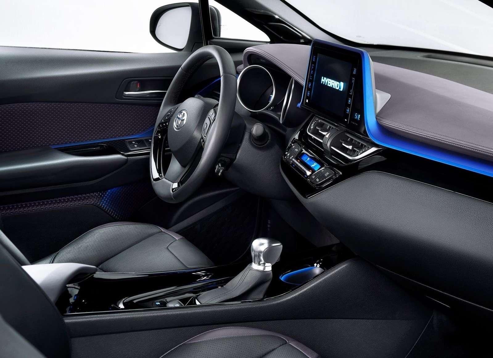 Интерьер Toyota C-HR: японцы нашли стиль— фото 602838