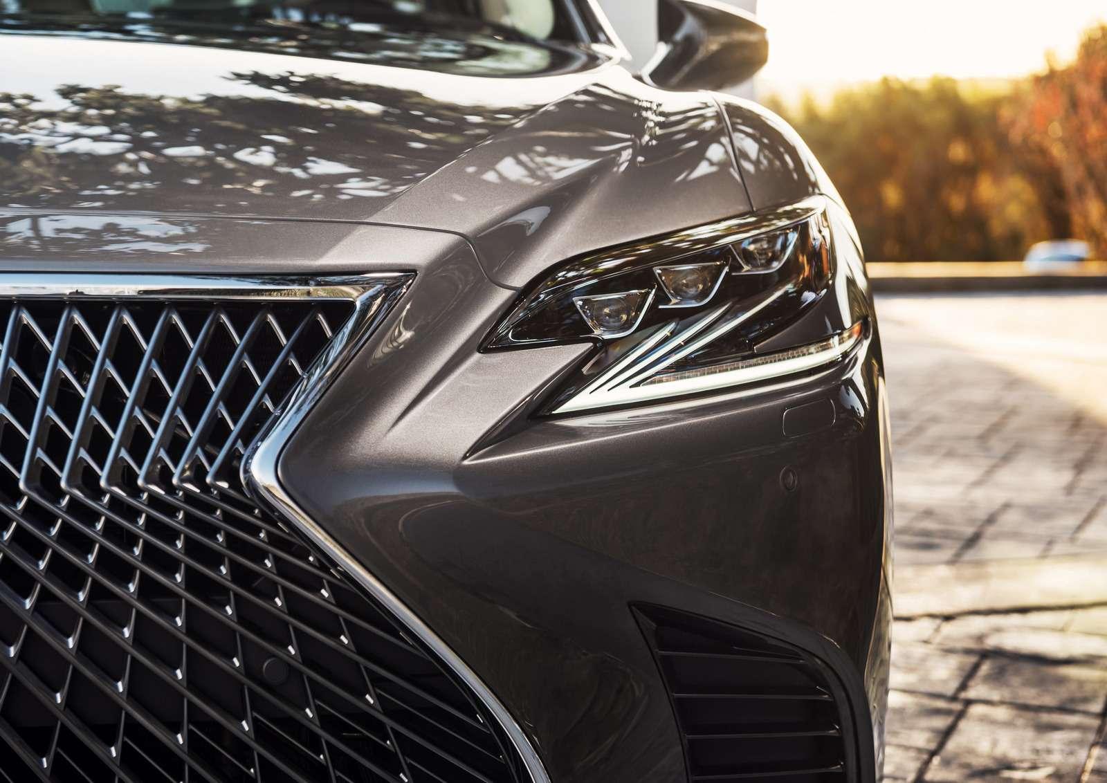 Проглотить S-класс: вДетройте дебютировал новый Lexus LS— фото 690257