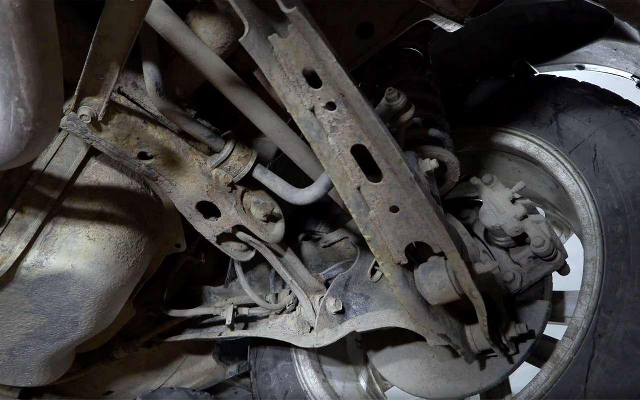 Mitsubishi ASX навторичке: надежные моторы искрипучий салон— фото 1229882