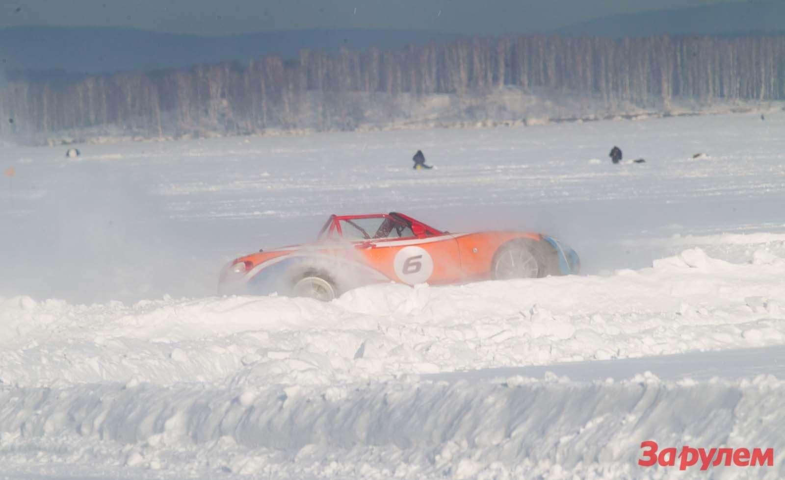 Mazda MX5Ice Race 2013     38