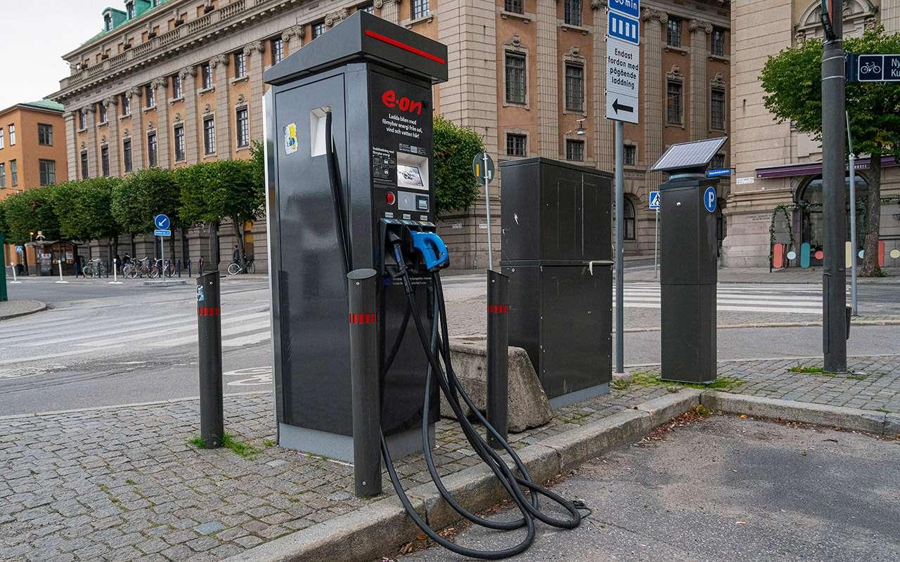 Дорого, хлопотно, нонадо: кто ипочему покупает электромобили вСеверной Европе— фото 1227942