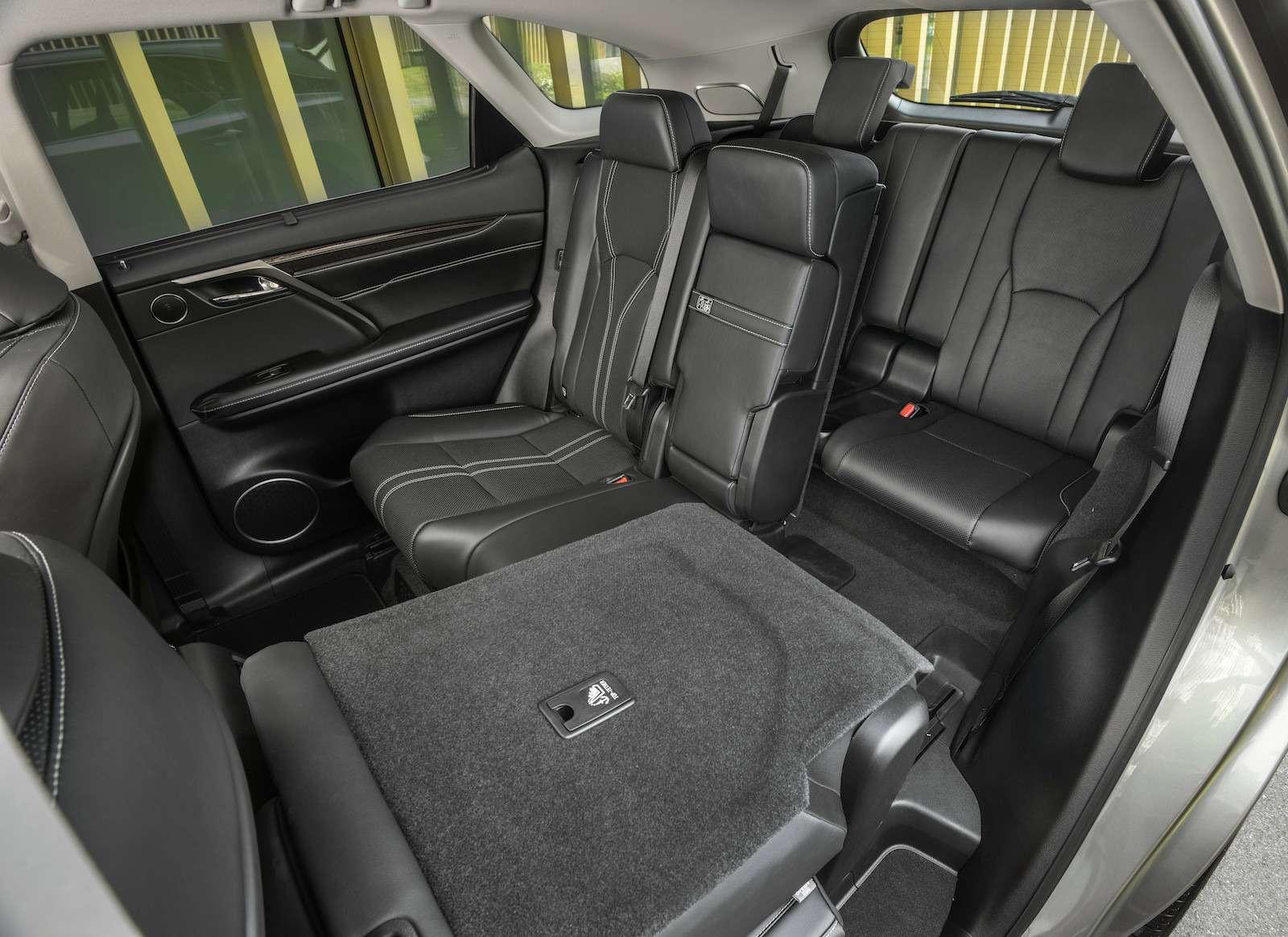 Тест-драйв Lexus RX350L AWD: когда «L»— вовсе не«Long»— фото 915745
