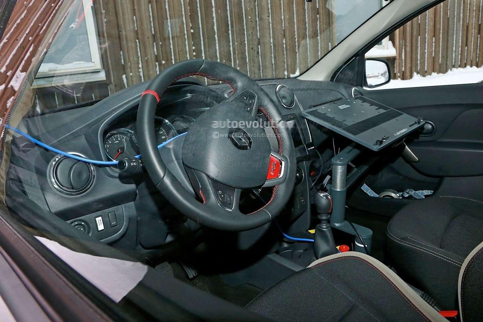 spyshots-dacia-sandero-rs-getting-12-turbo-engine-sportier-interior_9