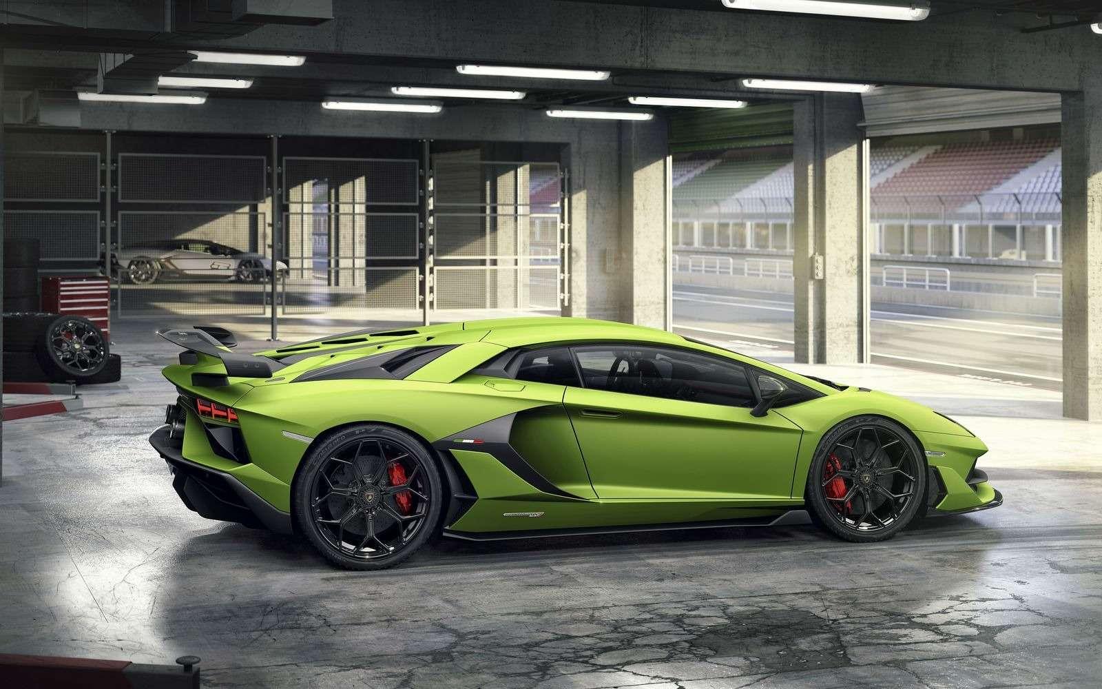 Lamborghini представила самый быстрый суперкар всвоей истории— фото 898572